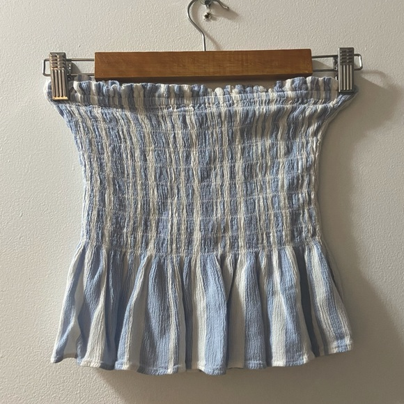Strapless American Eagle crop